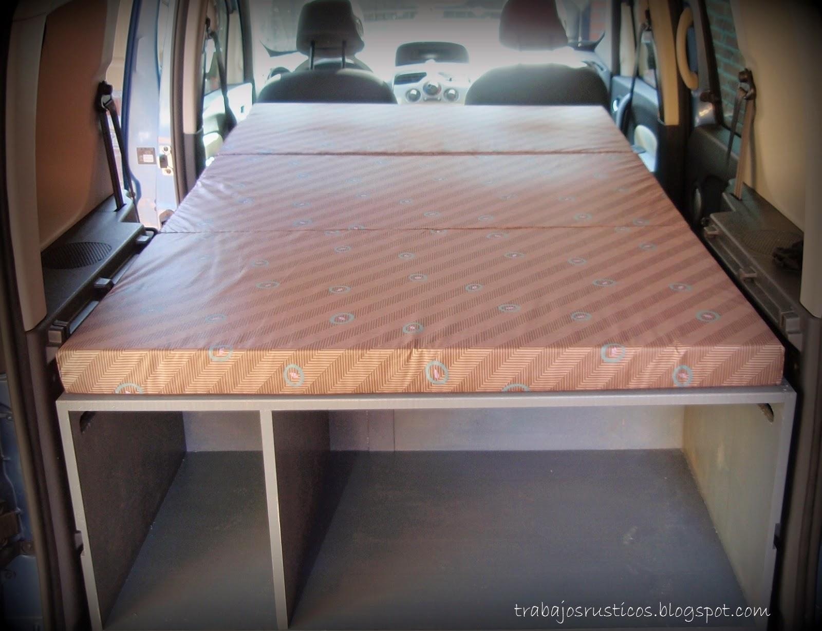En este caso, la cama tiene 180 cm pero todavía se podría ampliar