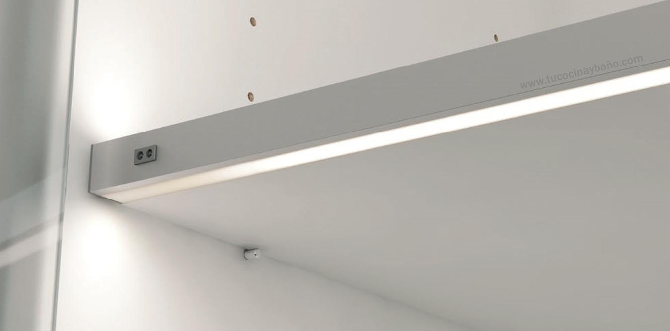 iluminacion interior mueble cocina estante