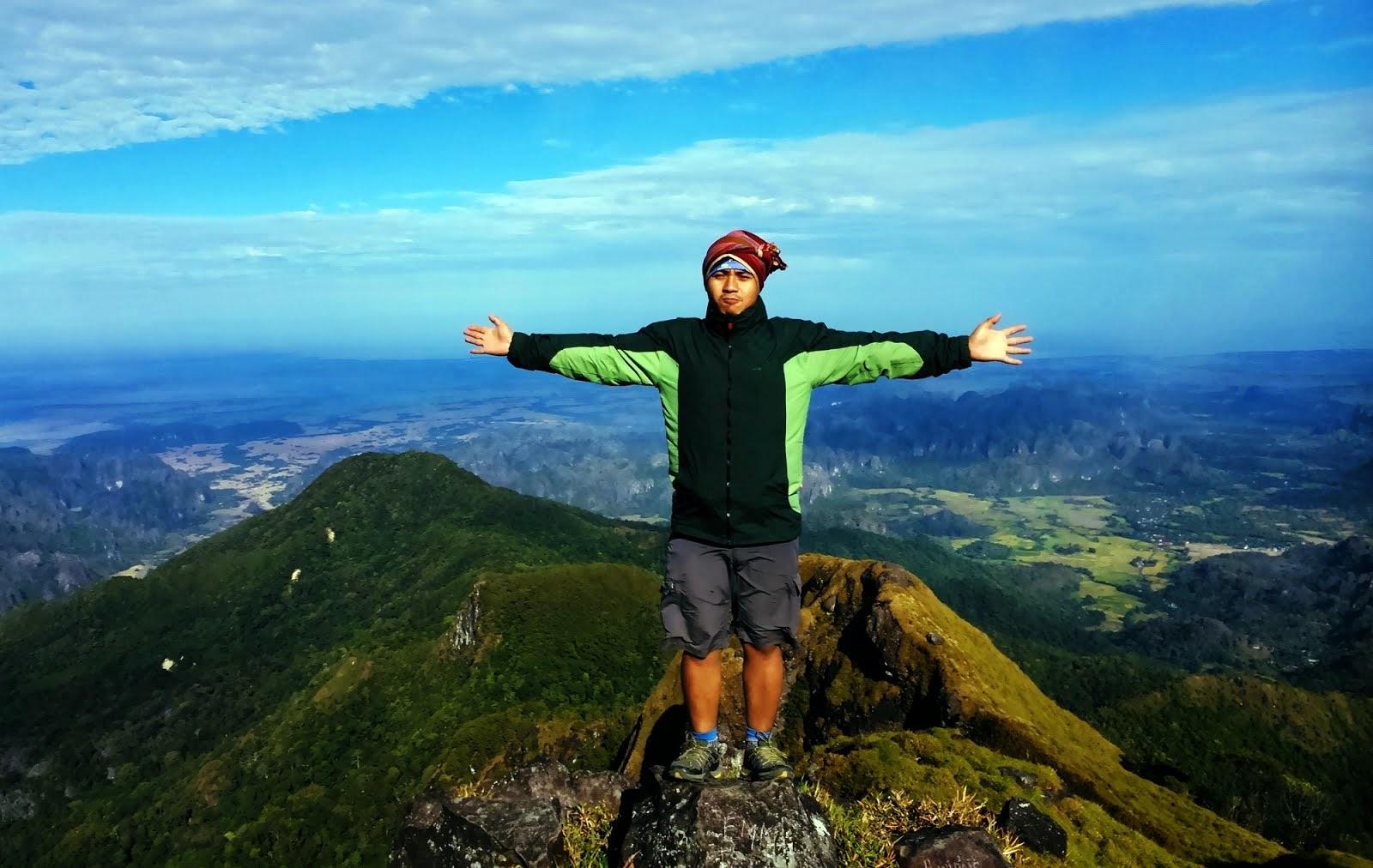 Puncak Gunung Bulu saraung