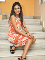 Kiraak heroine Chandini glamorous stills-cover-photo