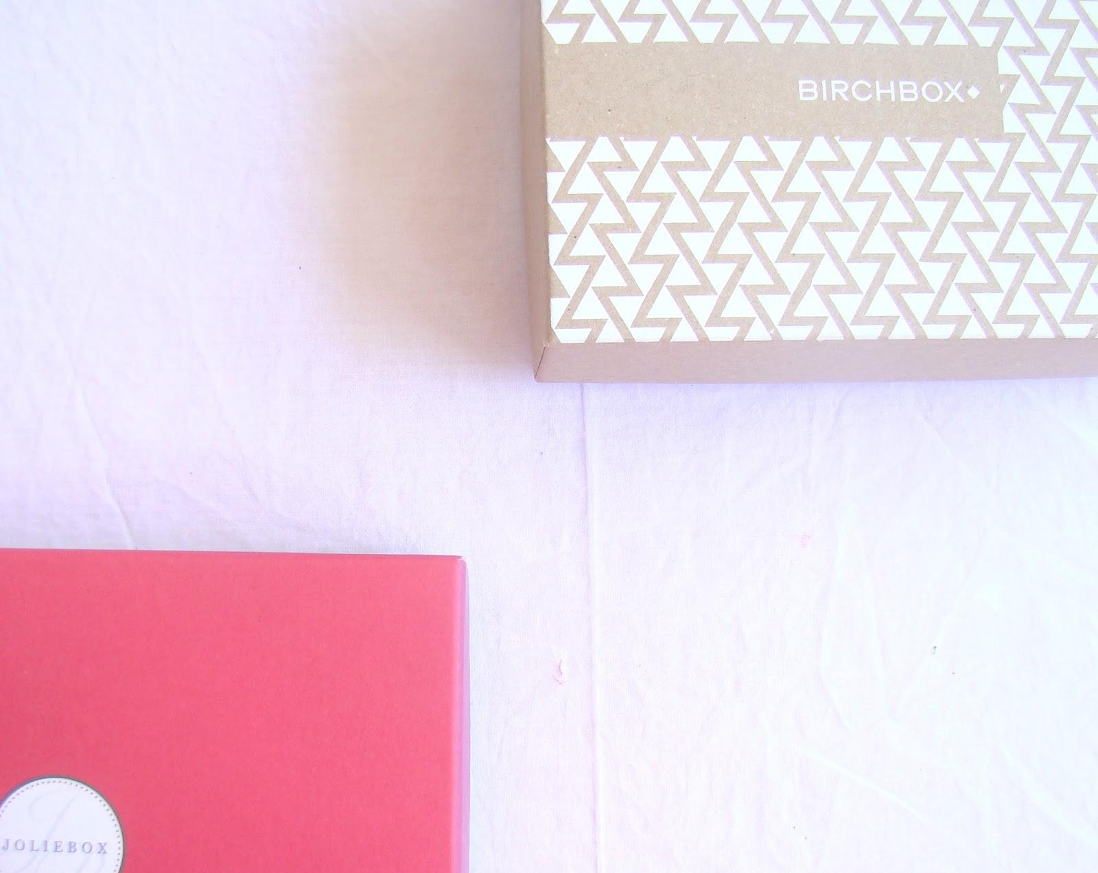 Bien choisir et gérer sa relation avec sa box beauté