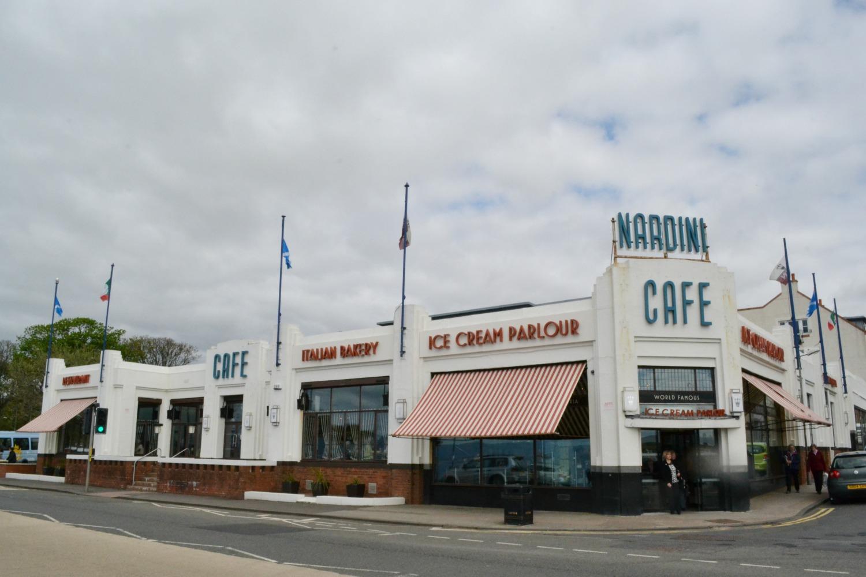 nardinis cafe largs ice cream parlour