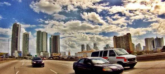 Blick zurück Richtung Miami und Miami Beach, Florida USA