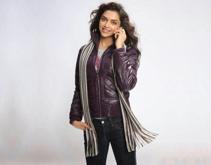Deepika Padukone Unseen Rare Pics Talking on Mobile Phone