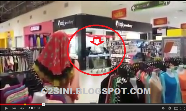Video Cemas Tiga lelaki berpistol rompak Kedai Emas Di Giant Banting