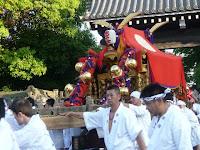 京都御所に参入する神輿は他に無い