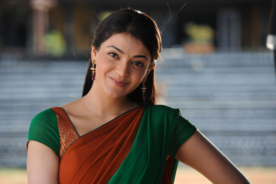 Kajal Agarwal Beautiful: Sexy Actress Kajal Agarwal Beautiful Looking Stills In