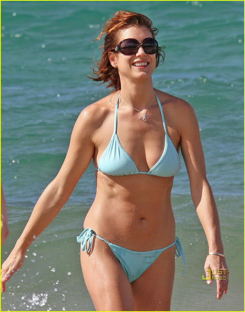 Kate Walsh in Swimsuit