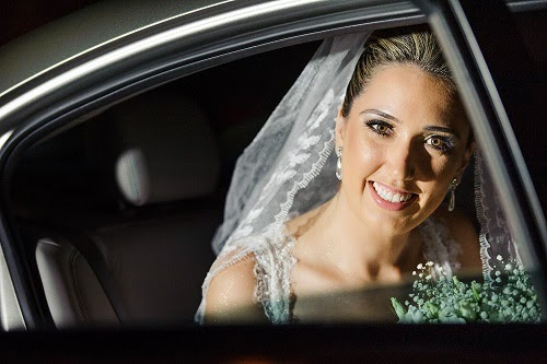d7e0bf9c2 A alegria do casal está estampada nos sorrisos, que essa felicidade perdure  por muito e muito tempo, são os votos da equipe Zephora Alta Costura.