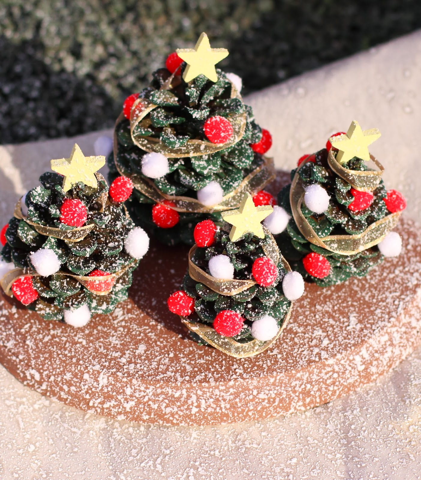 Pine Cone Christmas Decorations Kids Craft Pine Cone Christmas Tree Village Decoration