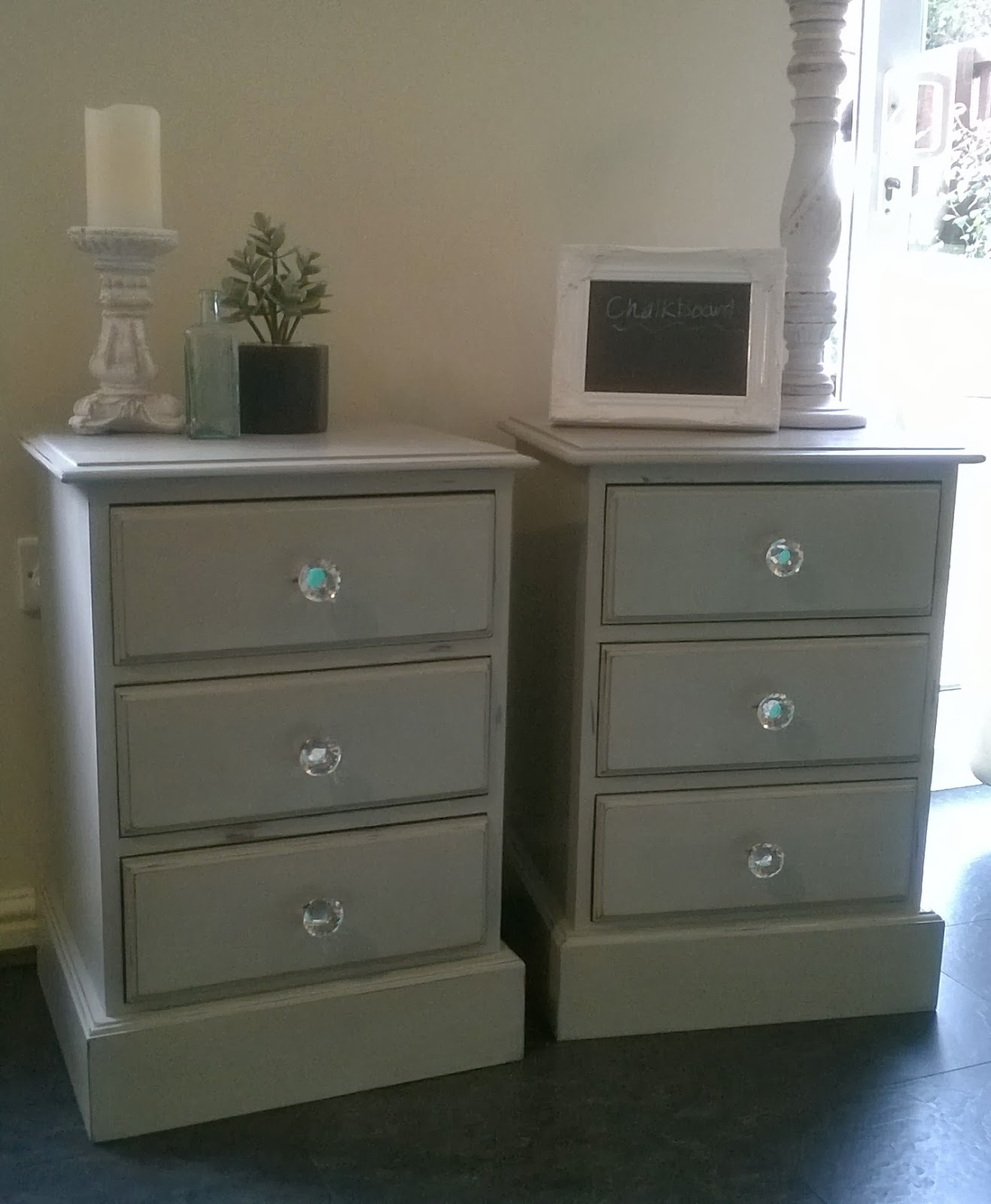 The shabby chic sisters annie sloan paris grey bedside cabinets - Bedside table for small space paint ...