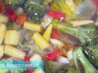 Cah Brokoli Saus Tiram menggunakan Rice Cooker