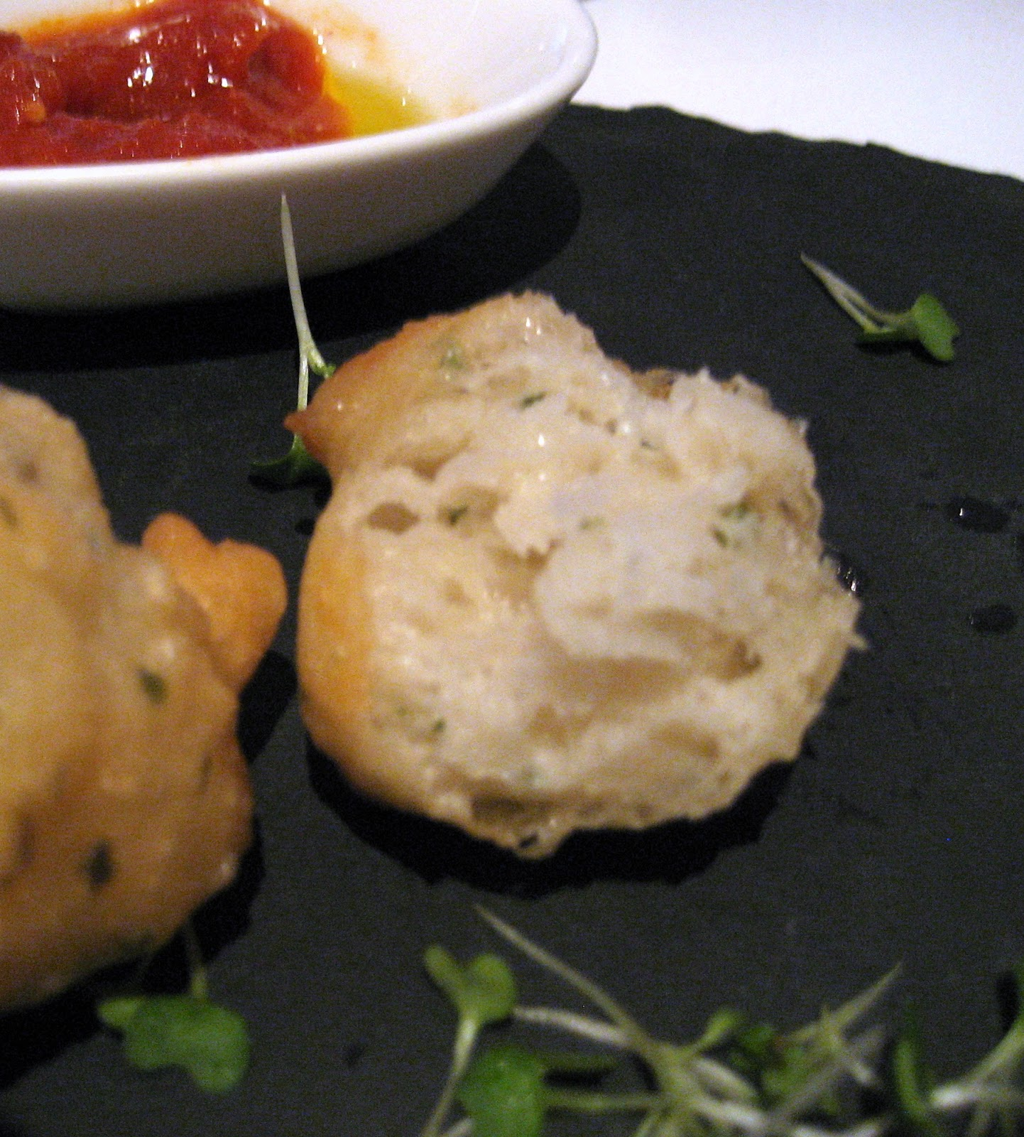 Amuse bouche: Fried pizza dough balls, Osteria Dell'Angolo