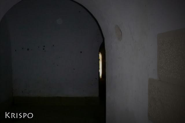 en el interior del fuerte de guadalupe de hondarribia