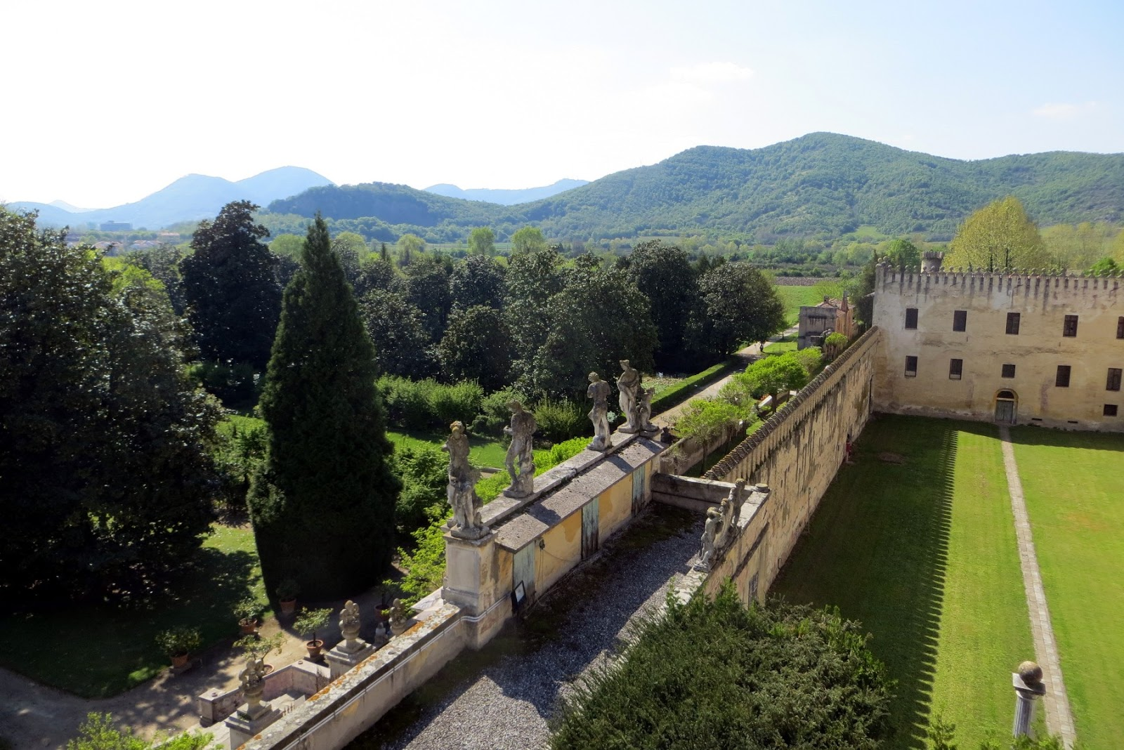 Il castello del catajo una villa fortezza ai piedi dei for Pianta del piano casa di 800 piedi quadrati