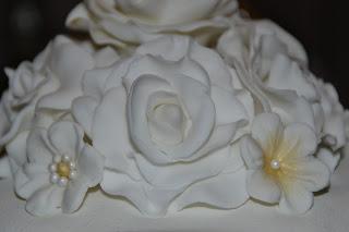 Marsipantårta med rosor