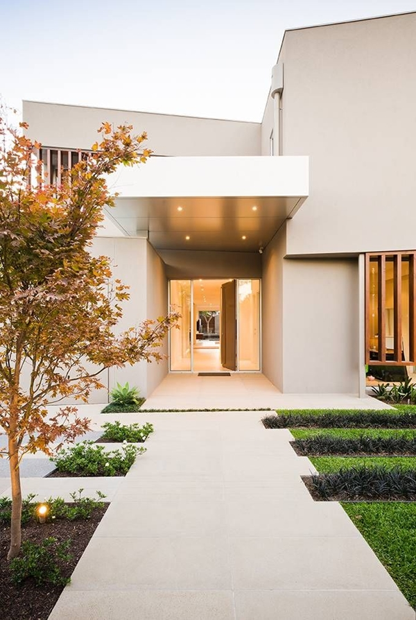 Modern Home Entrance, Modern Walkway Walkway and Path Landscaping Network  Calimesa, CA