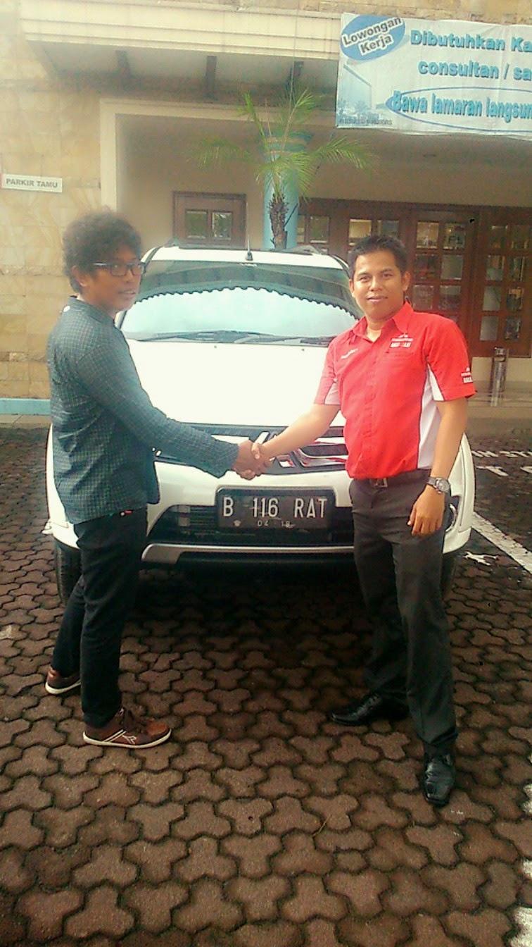 sales dealer mitsubishi Jakaerta Timur
