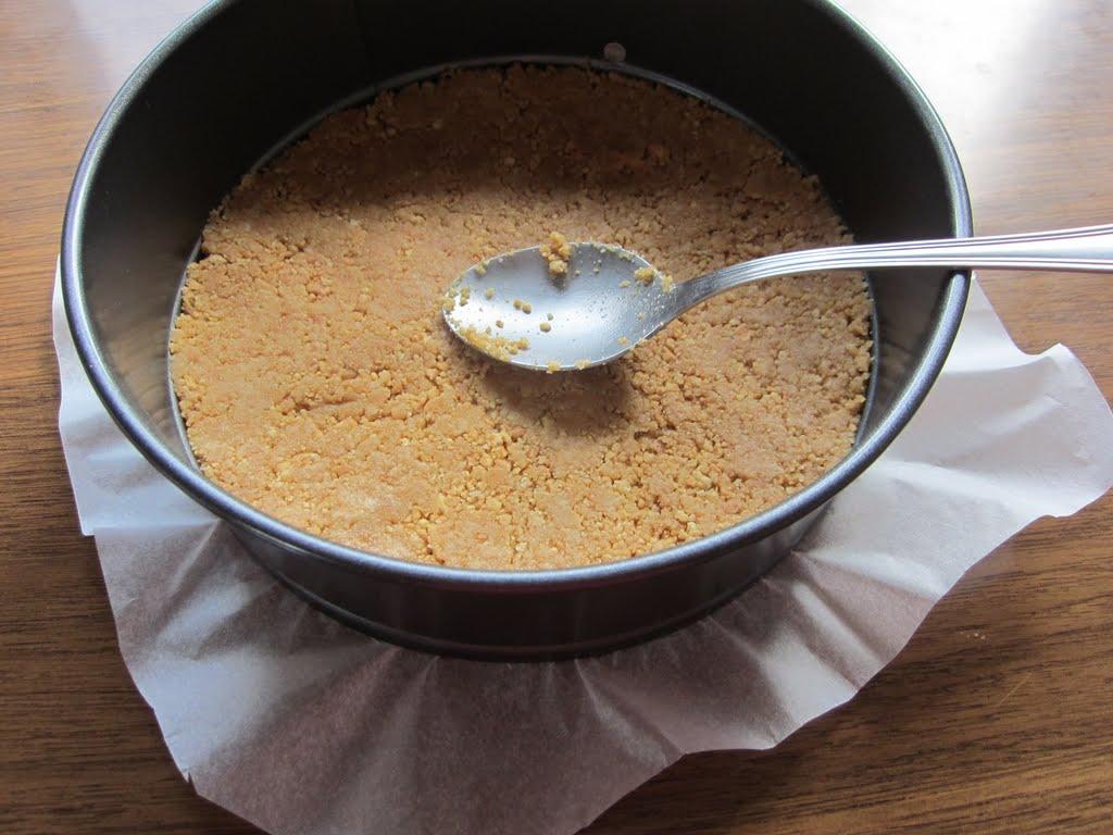 Tarta mousse de leche condensada y frutillas taringa - Gelatina leche condensada ...