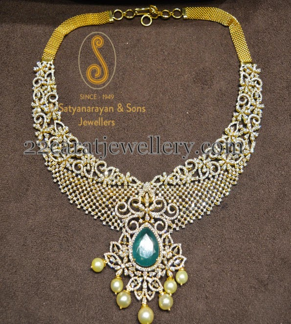 classic and royal necklace jewellery designs