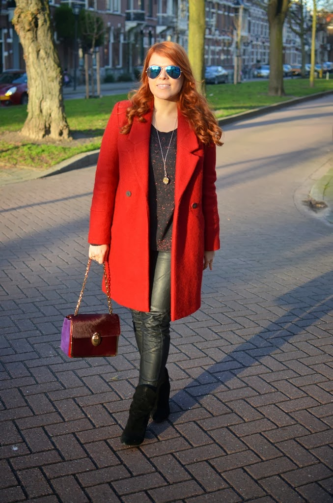 fashion-bridge, fashion-bridge blog, fashion-bridge.blogspot.com, street style, street fashion, street fashion netherlands, zara coats, super trash boots, tory burch bags, ray ban sunglasses, tres jewellery, daniel espinosa via tres jewellery