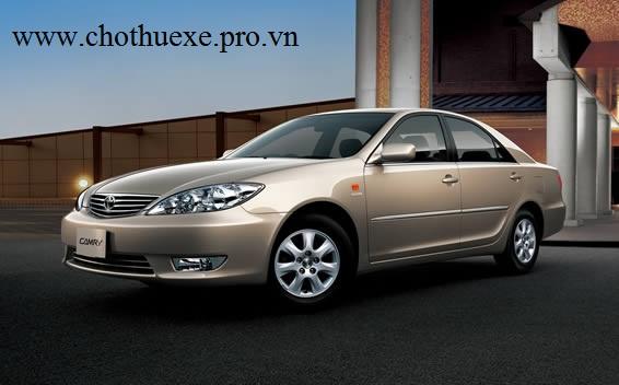 Cho thuê xe 4 chỗ ở Toyota Camry 2.4 G chất lượng