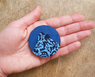 https://www.etsy.com/uk/listing/161785023/k2-brooch-wooden-hand-painted-mountain?ref=shop_home_active_1