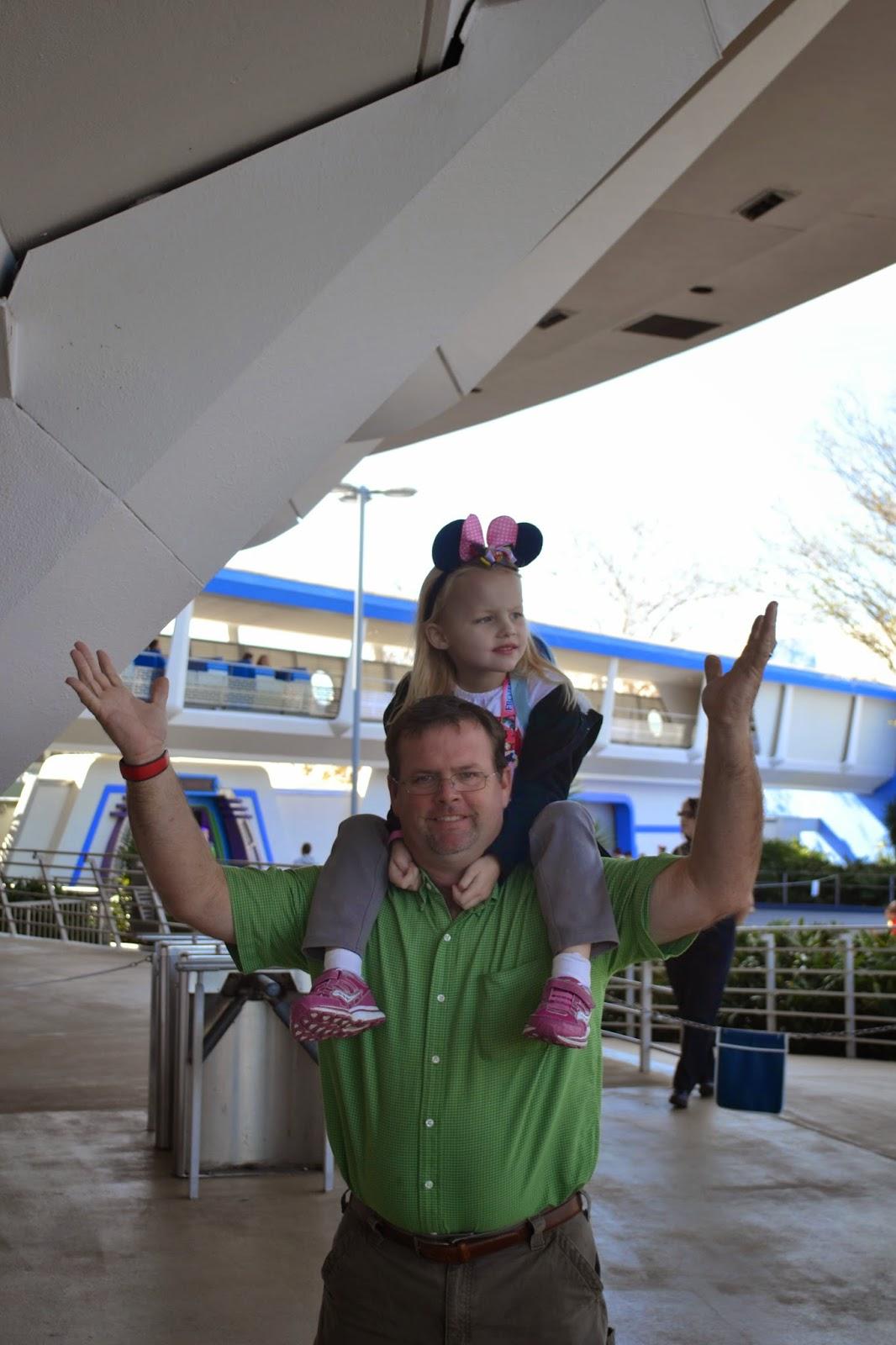 Disney's Magic Kingdom - Tomorrow Land