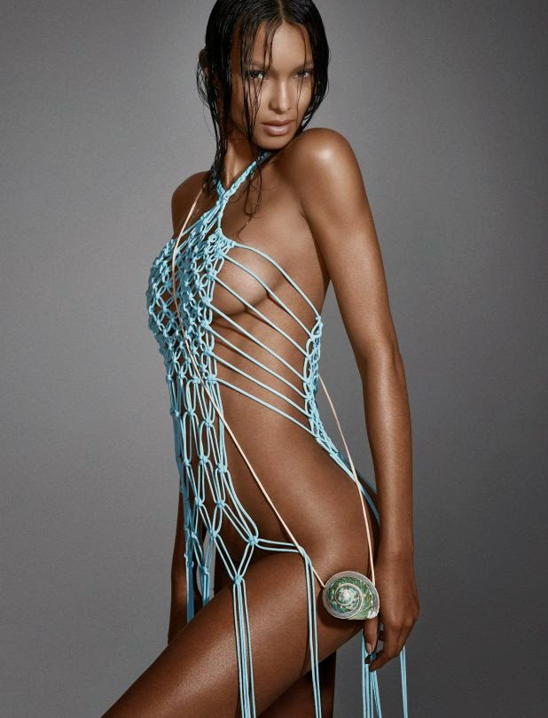 Lais Ribeiro Hot Topless Photoshoot