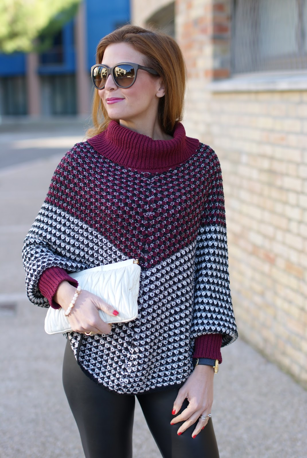 Miu Miu white clutch, Jadea leggings, leather leggings and Smash! Prolix sweater on Fashion and Cookies fashion blog, fashion blogger style