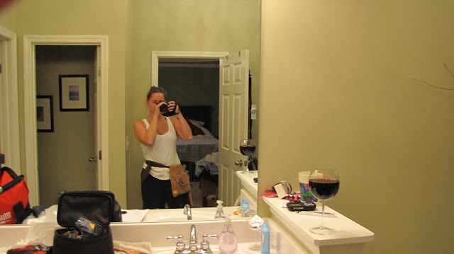 Everyday a la Mode - Toolbelt with wine