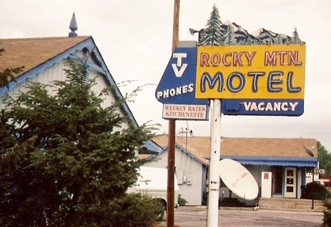 Colfax avenue colfax history rocky mtn motel for Motel one wellness