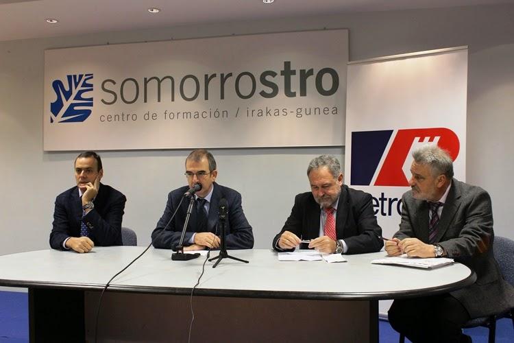 Petronor forma como operadores a otros 30 técnicos de grado superior