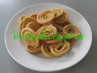Chakli is made with riceflour, salt and butter