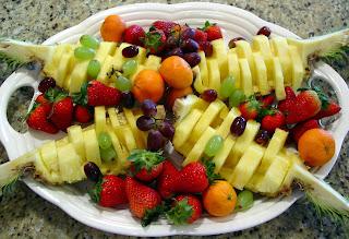 http://4.bp.blogspot.com/-F-fn4Y7dg4Y/TbYgRbtWuWI/AAAAAAAAIkc/mHA35cfclmE/s320/pineapple15.jpg