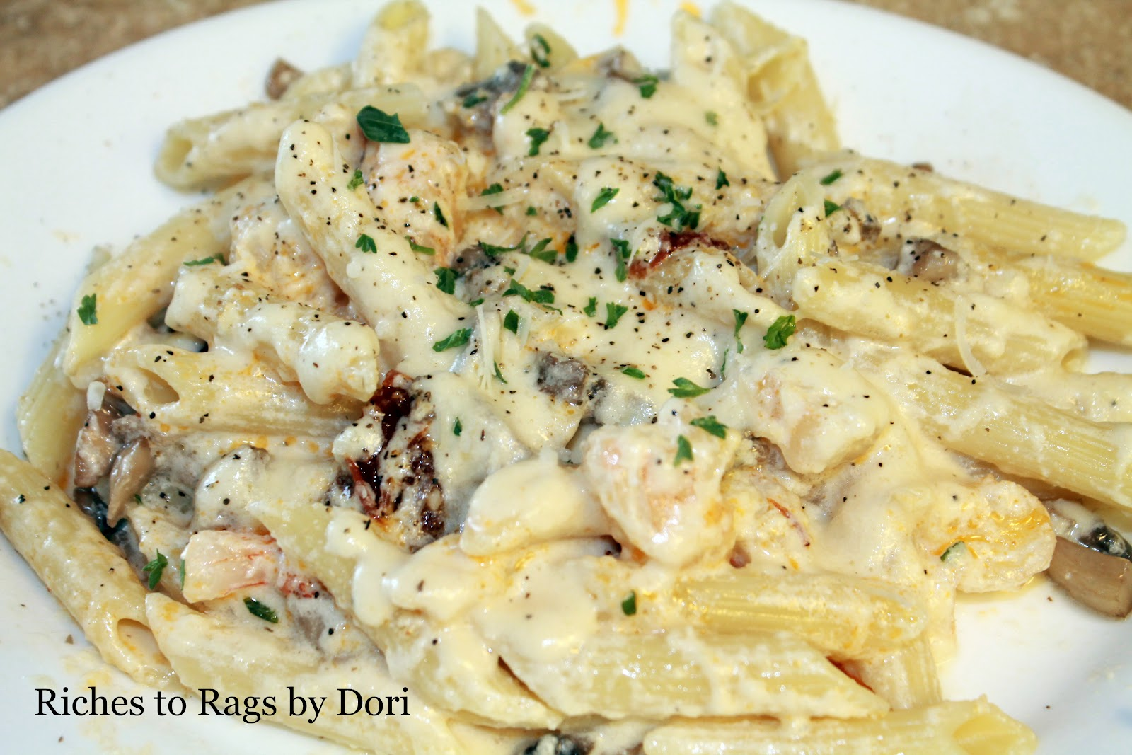 Riches to Rags* by Dori: Creamy Alfredo Pasta with Shrimp, Mushrooms ...