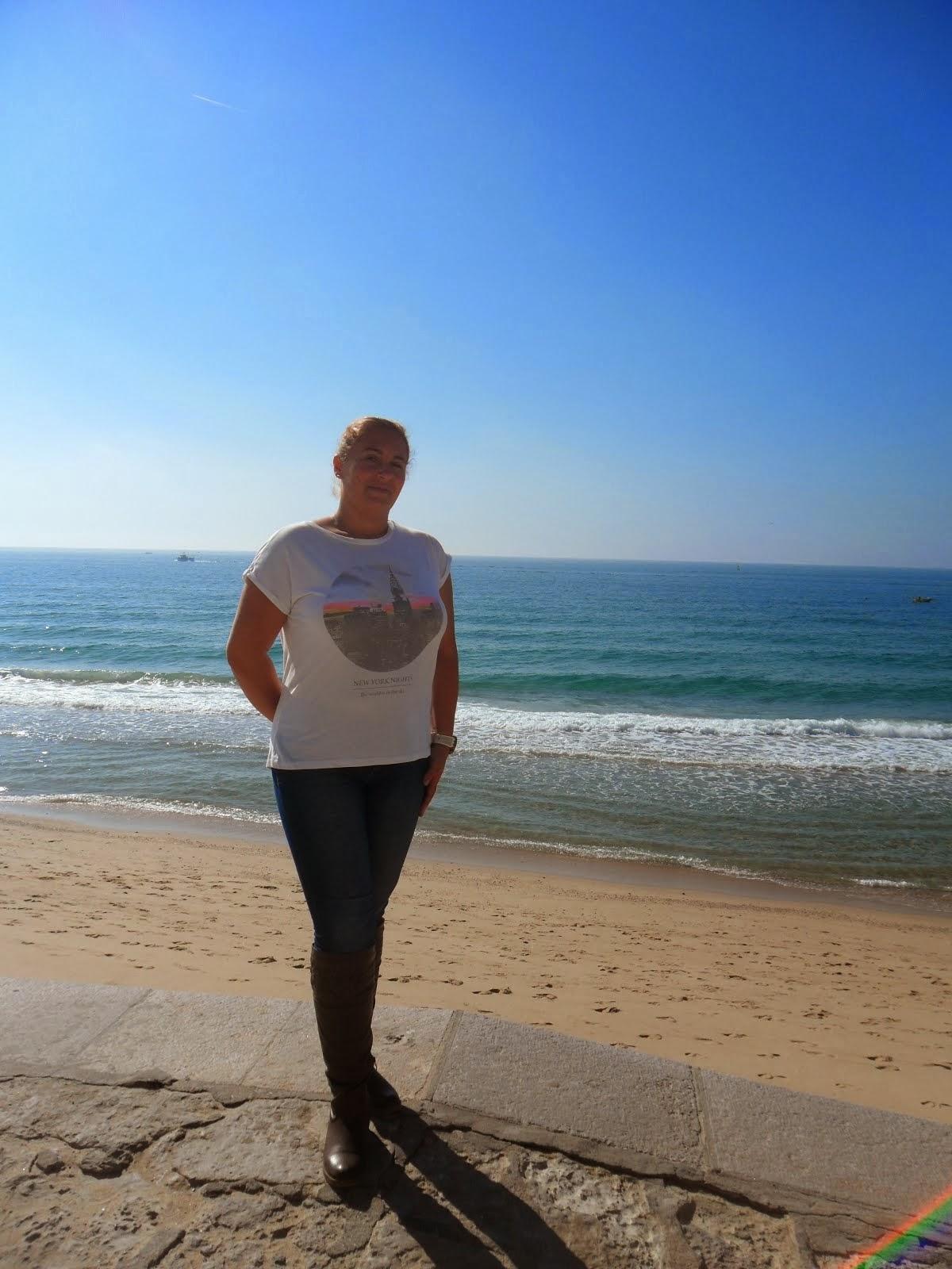 Adoro o mar e passear junto ao mesmo...