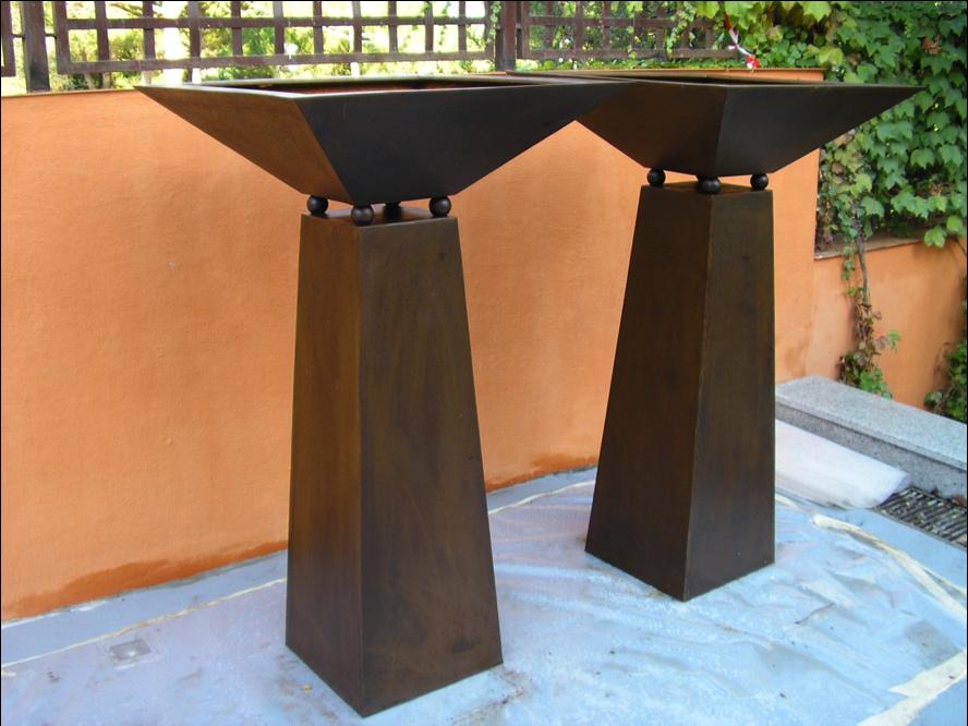 Pebeteros en acero corten restaurados