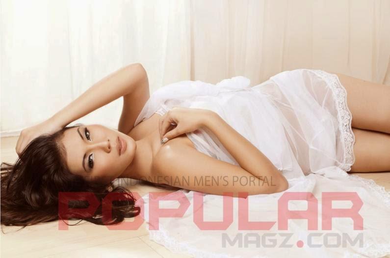 Foto Mei Zhu di Majalah Popular-World