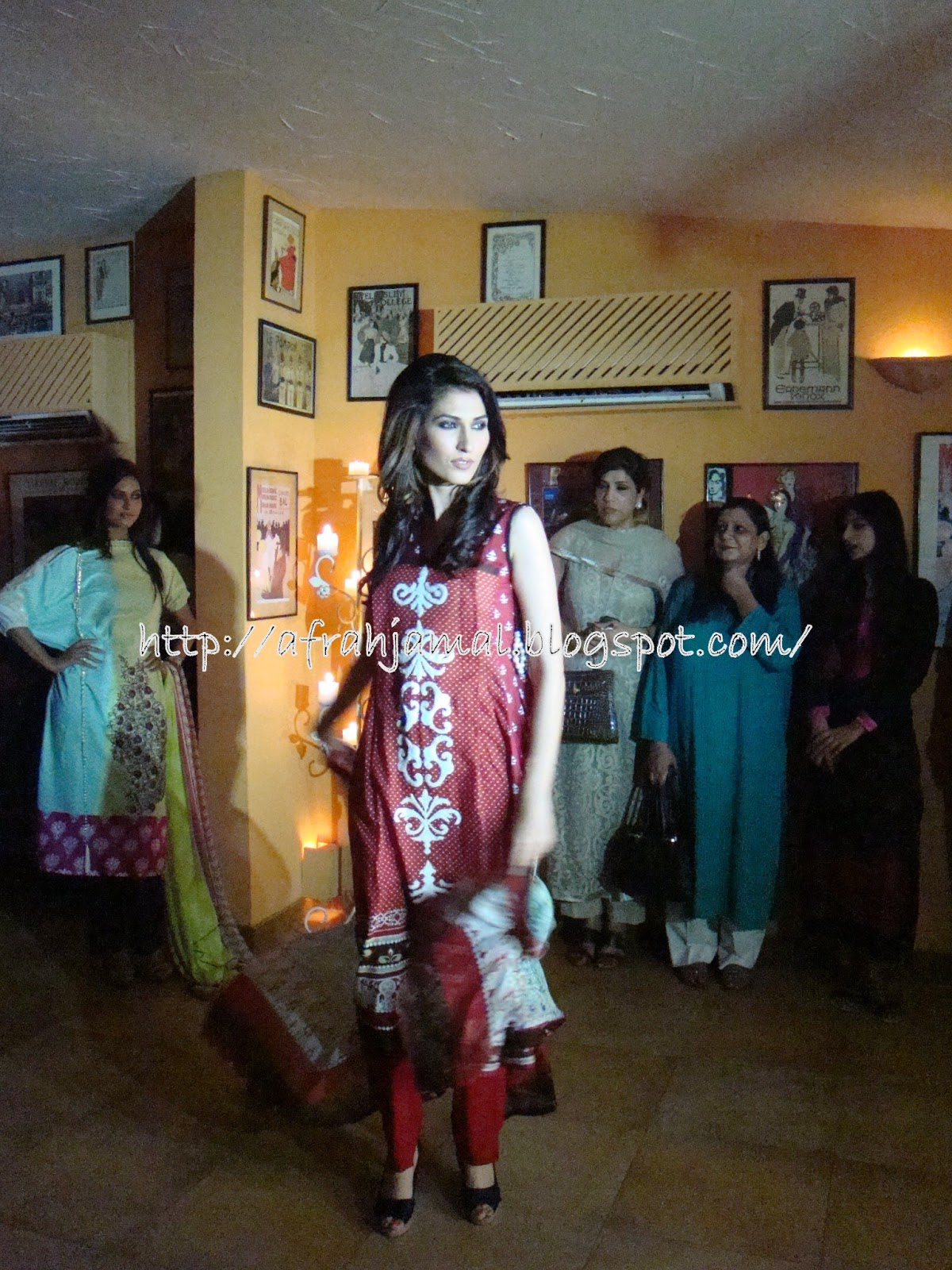 Sara Chaudhry And Sami Khan In Nadia Khan Show The show which took    Sara Chaudhry And Sami Khan In Nadia Khan Show