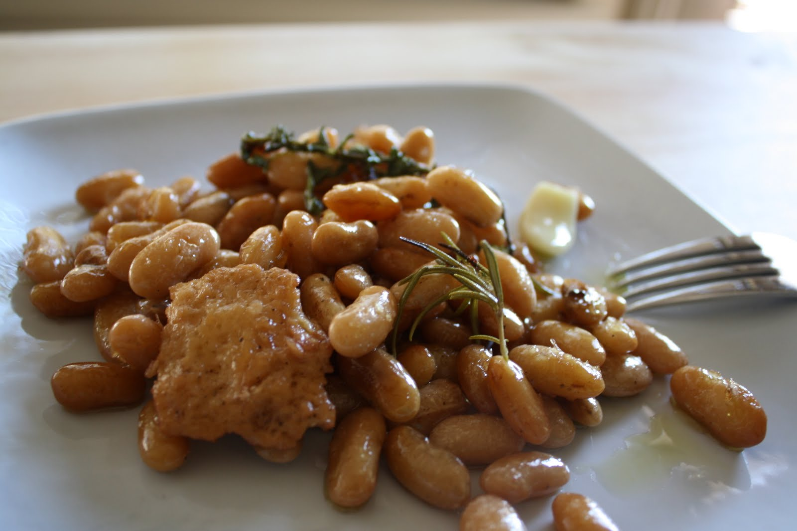 Lactose-Free Girl: Braised White Beans
