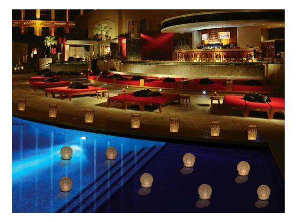 decoracao festa glow:lelightvelas.com.br: Decoração de piscina para festa de casamento