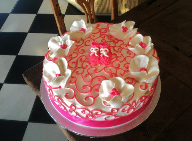 Cathys_Rum_Cake_Tropical_HotPink_TownCountry_Baby_Shower_Cake.jpg