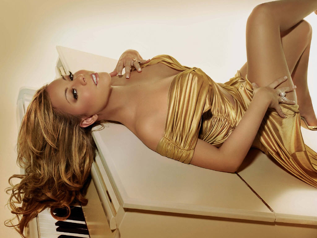 http://4.bp.blogspot.com/-F0dG4EejA_M/TXdlc5CXWOI/AAAAAAAAI-k/GQvIS-UhSZM/s1600/mariah_carey-touch_my_body.jpg