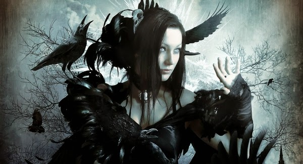 Mujer con Cuervos en el Bosque