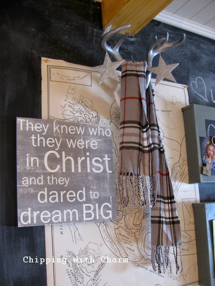 Chipping with Charm: Cozy Antlers...http://www.chippingwithcharm.blogspot.com/