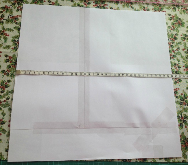 Square template place on fabric