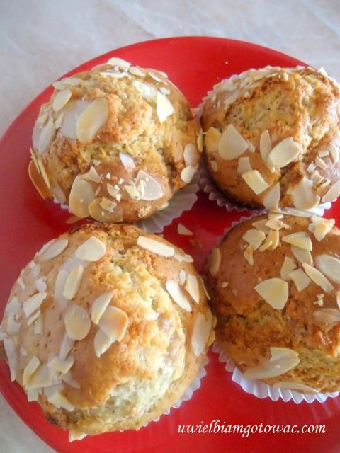 Marcepanowe muffiny