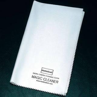 pano de microfibra para limpeza do notebook