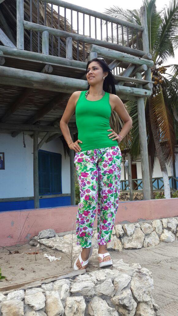 Foto mujer desnuda colombia pic 39